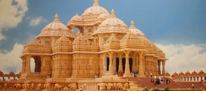 7 Most Famous Temples in Delhi